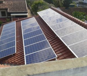 https://www.solartherm.lk/wp-content/uploads/2017/08/15.1kW-System-at-Colombo-03-300x260.jpg